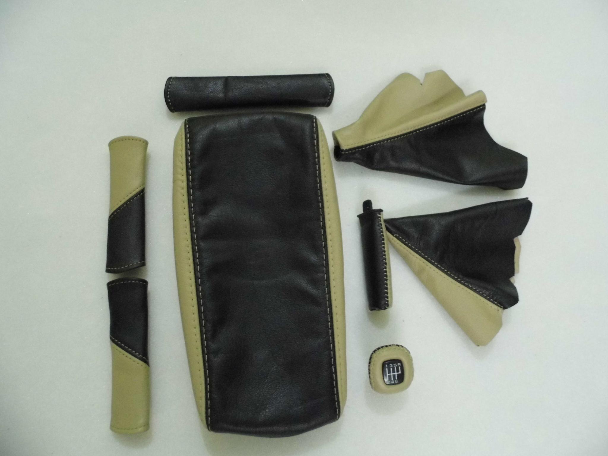 1997-2004 Corvette 6-Speed Shifter Boot Black Leather